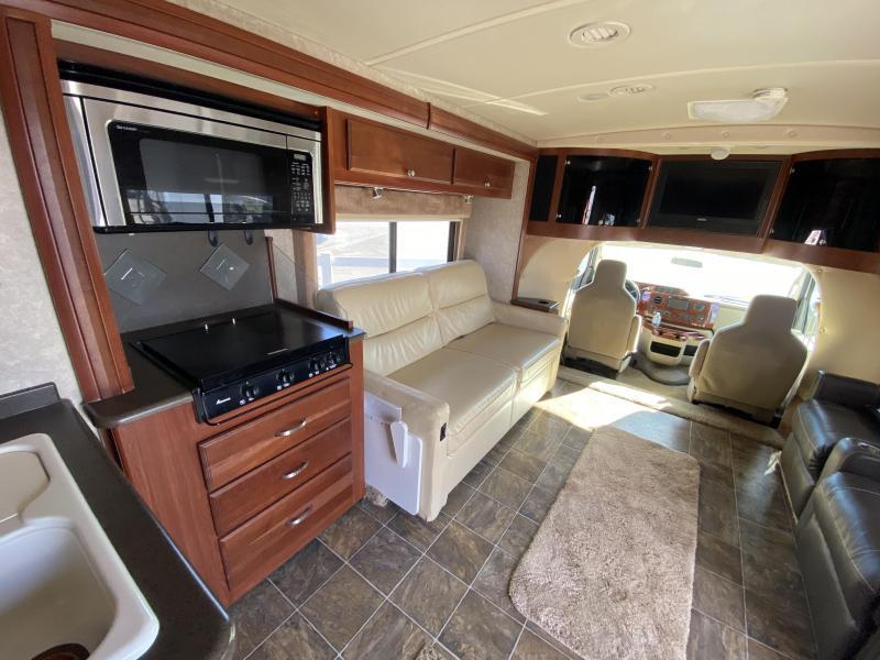 2011 Winnebago Aspect 30C Class C RV