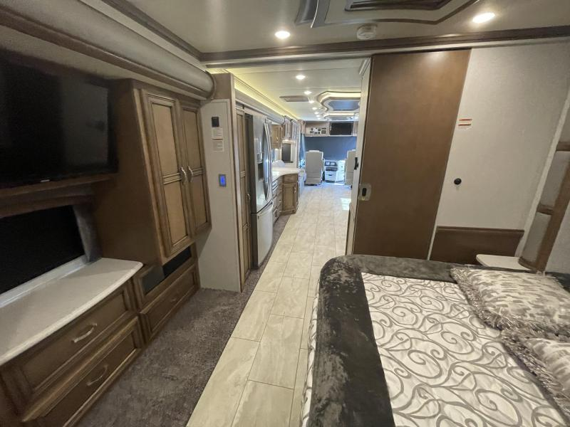 2020 Newmar Kountry Star 4002 Class A RV