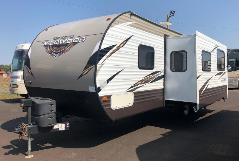 2018 Forest River Wildwood 28DBUD Travel Trailer RV