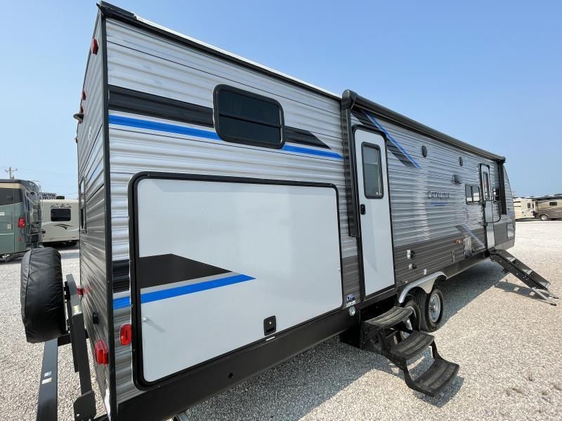 2022 Forest River Catalina Legacy Edition 323BHD Travel Trailer RV