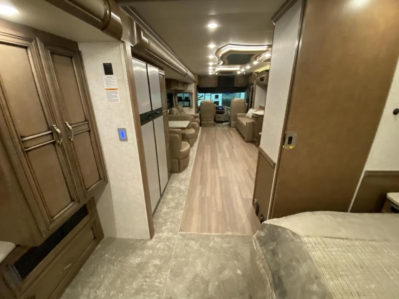 2021 Newmar Kountry Star 4037 Class A RV