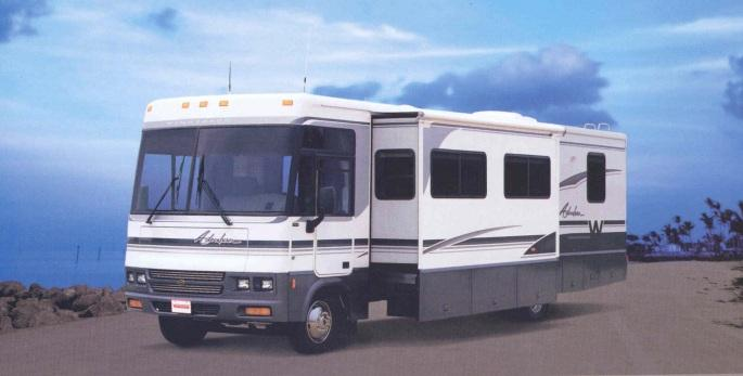 2001 Winnebago Adventurer 37G Class A RV