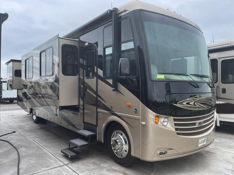 2012 Newmar Canyon Star 3856 Class A RV
