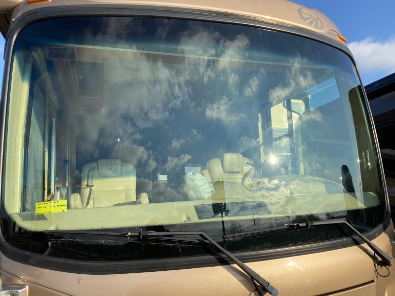 2006 Monaco Signature COMMANDER Class A RV