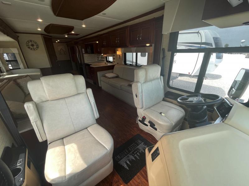 2017 Newmar Ventana 4002 Class A RV