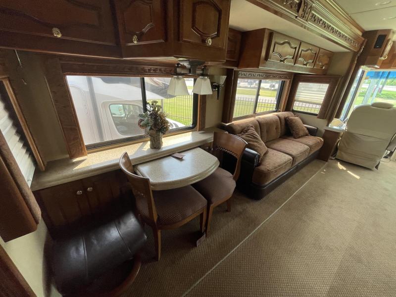 2005 Monaco Signature 42 CHATEAU III Class A RV