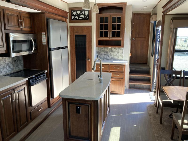 2018 Keystone RV Avalanche 320RS Fifth Wheel Campers RV