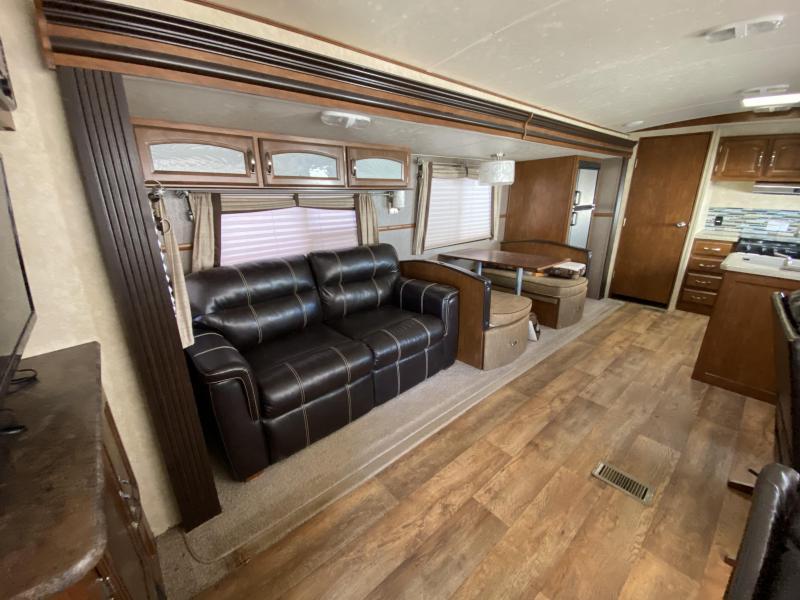 2015 Forest River Wildwood Heritage Glen 303FK Travel Trailer RV