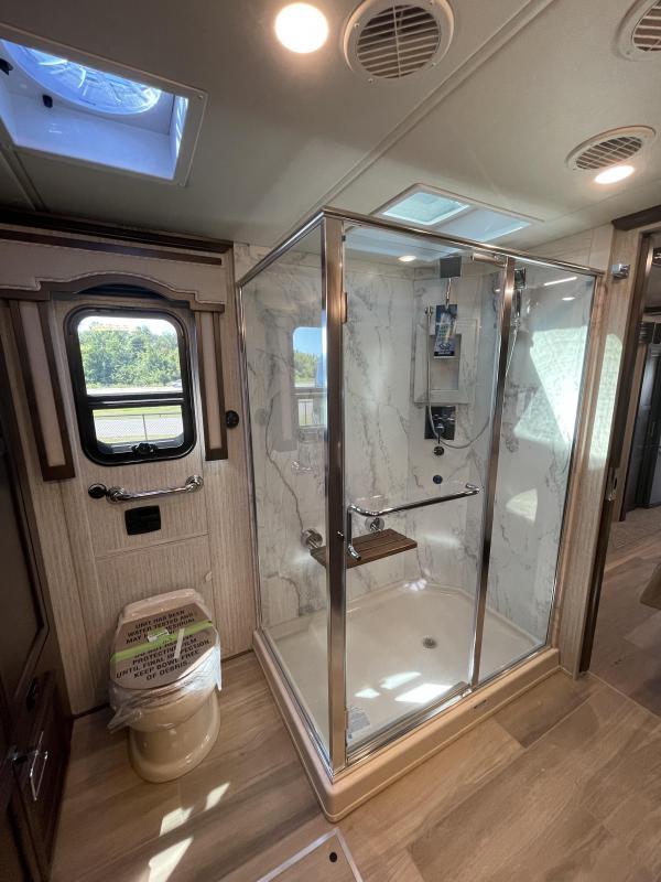 2022 Newmar Ventana 4369 Class A RV
