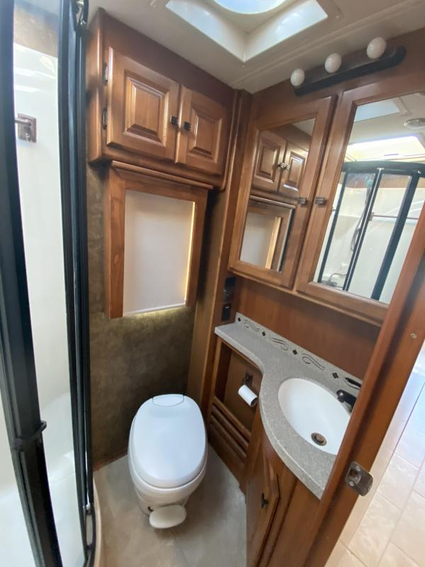 2014 Tiffin Motorhomes Allegro Red 33AA Class A RV
