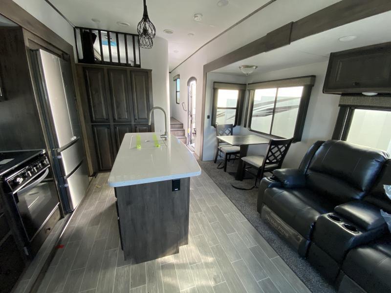 2021 Heartland Bighorn 39MB Fifth Wheel Campers RV