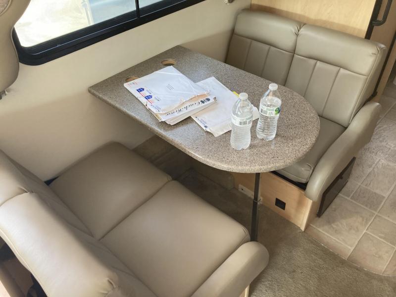 2007 Coach House Platinum 221XL-SD Class C RV