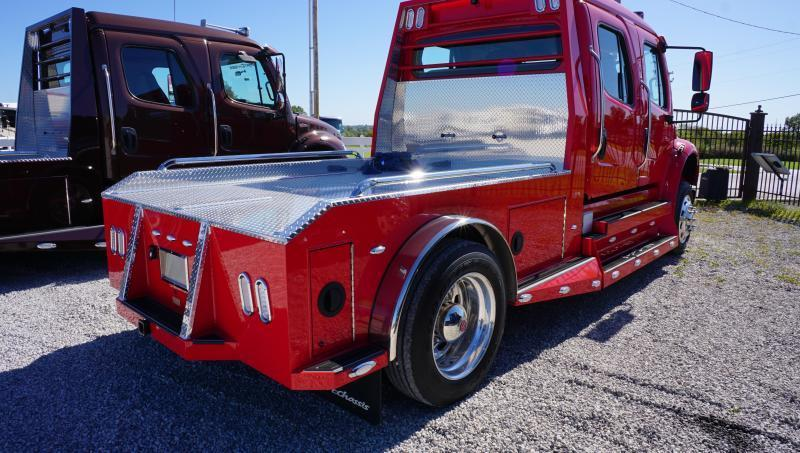 2015 Freightliner Sportchassis Business Class M2