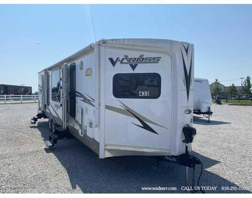 2009 FOREST RIVER V-CROSS 32VFKS