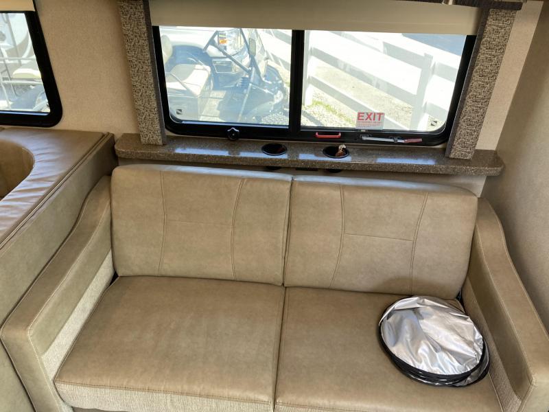 2017 Fleetwood RV Jamboree 31U Class C RV