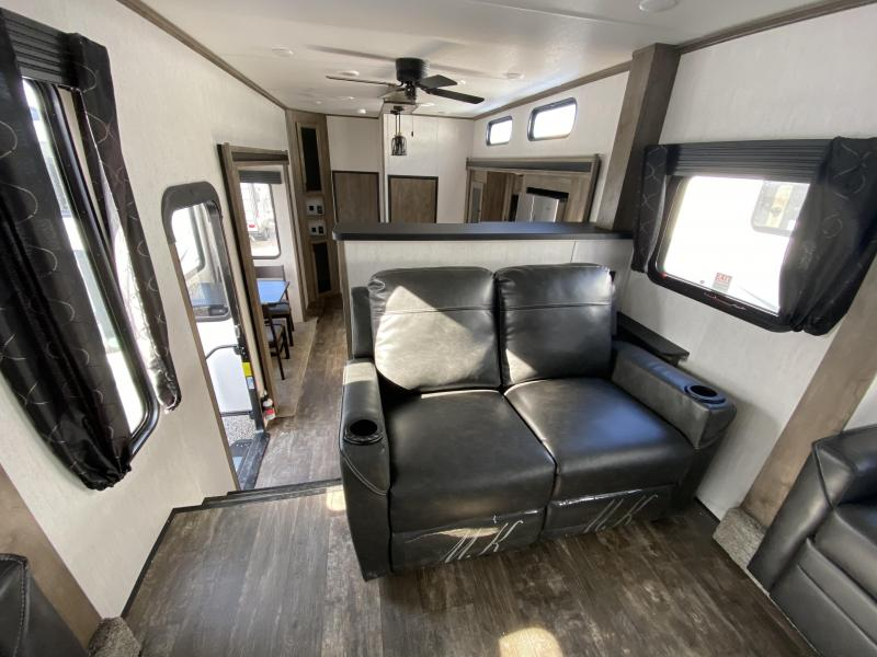 2021 Forest River Sabre 37FLH Fifth Wheel Campers RV