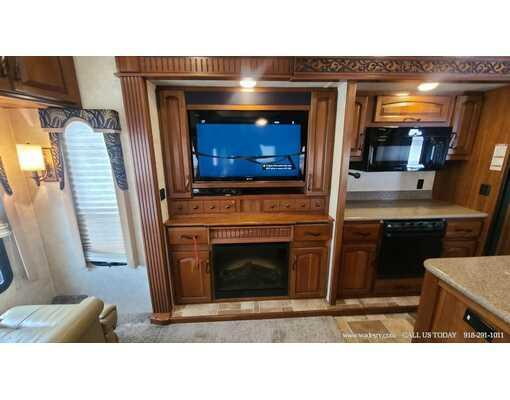 2013 KEYSTONE MONTANA BIG SKY 3900FB
