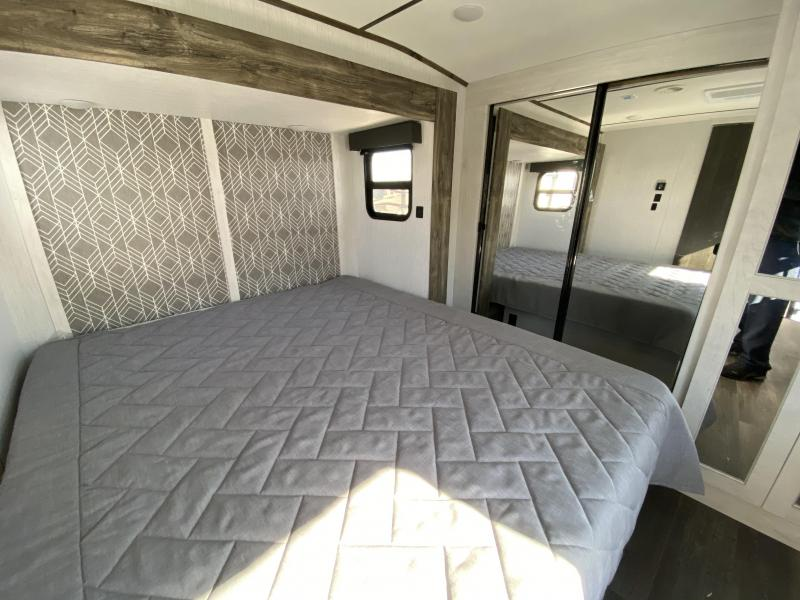 2021 Heartland RV Bighorn 32RS Fifth Wheel Campers RV