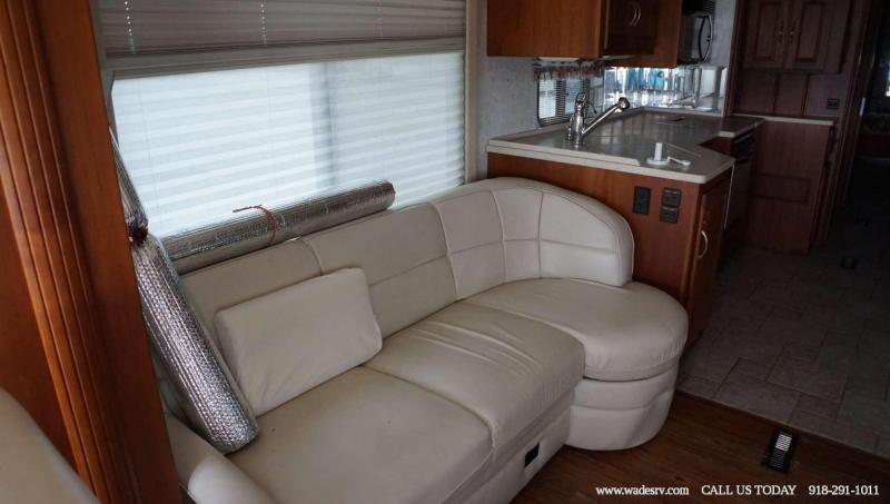 2004 WINNEBAGO HORIZON 40KD