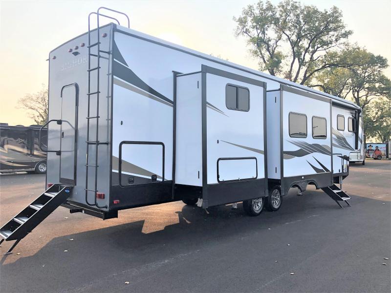 2022 Heartland RV Bighorn Traveler 37DB Fifth Wheel Campers RV