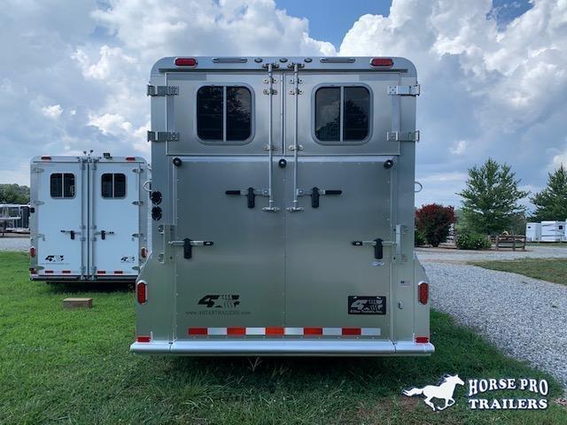 2022 4-Star Deluxe 4 Horse Head to Head Gooseneck