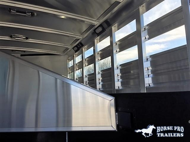 2022 Exiss WHITE CXF 3 Horse Slant Load Bumper Pull - POLYLAST FLOOR!