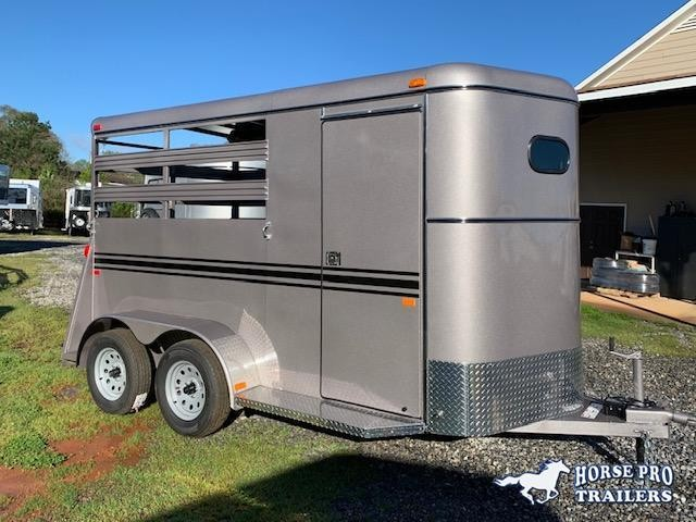 2020 Bee 2 Horse Slant Load Bumper Pull- Stock sides