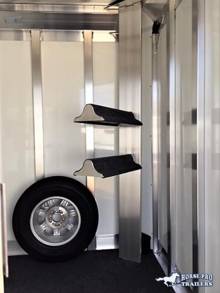 2022 4-Star 2 Horse Slant Load Bumper Pull - Escape door - Easy lift ramp