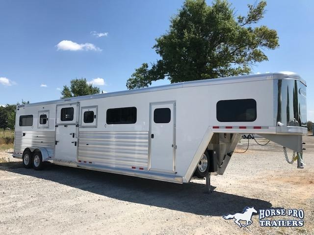 2021 Cimarron Norstar 4 Horse Head-to-Head Gooseneck w/FULL HEIGHT SLIDING DIVIDERS!
