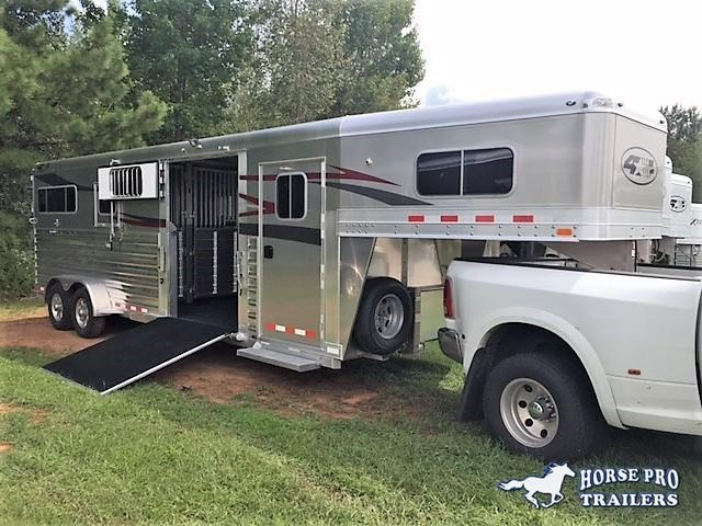 2021 4-Star 2+1 Gooseneck w/WERM FLOORING & QUIET RIDE!