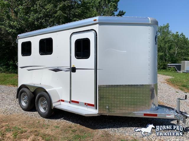 2021 Adam Rustler 2 Horse Slant Load Bumper Pull w/FULLY INSULATED ROOF!