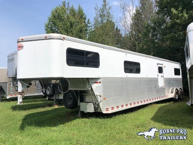2002 Sundowner 4 Horse Head to Head Gooseneck