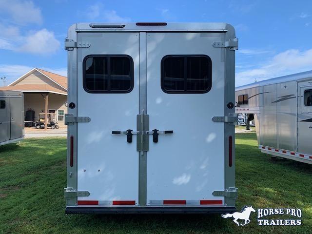 2022 Adam 3 Horse Slant Gooseneck w/REAR TACK & ROOF INSULATION