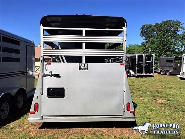 2021 Bee 3 Horse Slant Load Bumper Pull w/Stock Sides