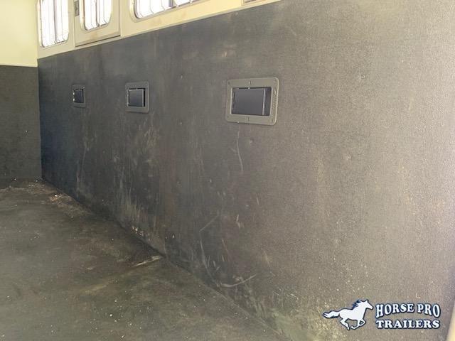 2019 Cimarron Norstar 4 Horse Slant Load Gooseneck w/Rear Tack-VERY GENTLY USED!