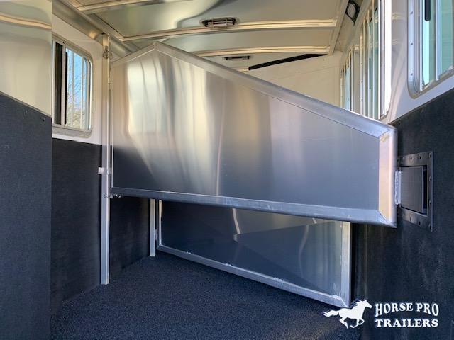 2022 Exiss 730 3 Horse Slant Load Bumper Pull w/Rear Tack & POLYLAST FLOORING!