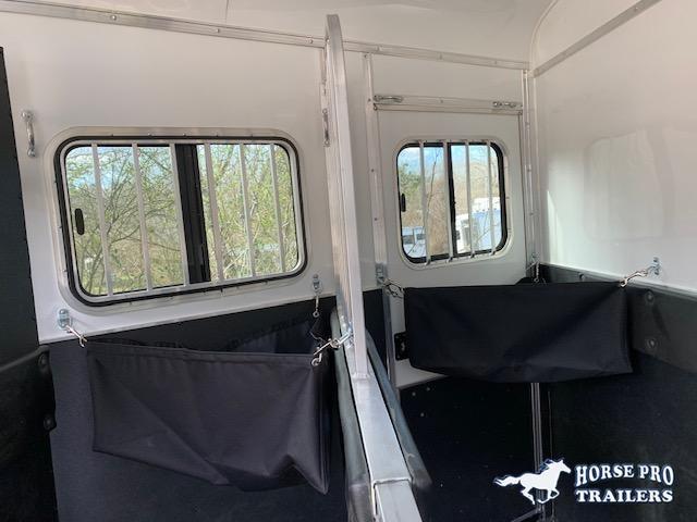 2021 Homesteader 2 Horse Slant Load Bumper Pull w RAMP ESCAPE DOOR