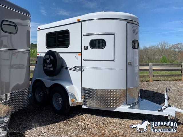2021 Bee 2 Horse Straight Load Bumper Pull w/Walk-Thru Door