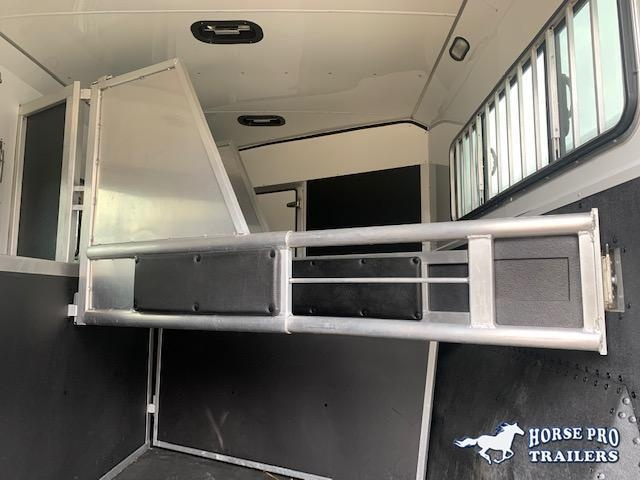 2017 Shadow 3 Horse 11' Living Quarters w/Slide Out & Insulated Roof