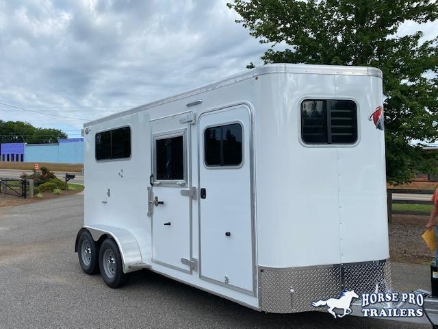 2022 Kiefer 2 Horse Straight Load Bumper Pull w/ROOF INSULATION
