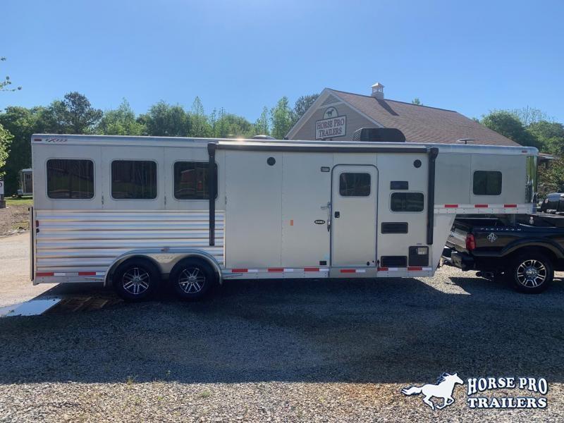 2018 Exiss Escape 3 Horse 8'6 Living Quarters- POLYLAST FLOOR!