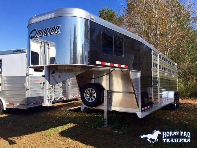 2021 Cimarron Lonestar 24' Stock Combo Gooseneck w/SIDE RAMP