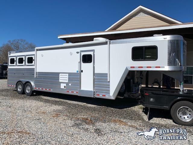 2020 Cimarron 3 Horse 12'8 Outback Living Quarters w/FULL WIDTH RAMP