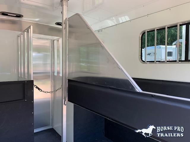 2022 Adam Ju-Lite 2 Horse Straight Load Bumper Pull w/WALK-THRU DOOR & MANGERS