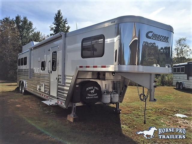 2020 Cimarron Norstar 3 Horse 14'6 Outback Living Quarters w/Slide DUAL ENTRY & GENERATOR
