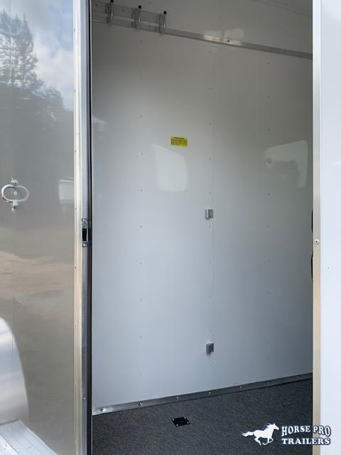 2021 Homesteader 2 Horse Slant Load Bumper Pull w/REAR TACK & ESCAPE DOOR