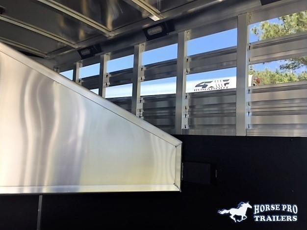 2022 Exiss CXF 3 Horse Slant Load Gooseneck- POLYLAST FLOOR!