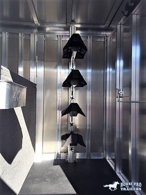 202 Exiss 24' Stock Combo Gooseneck w/Dressing Room
