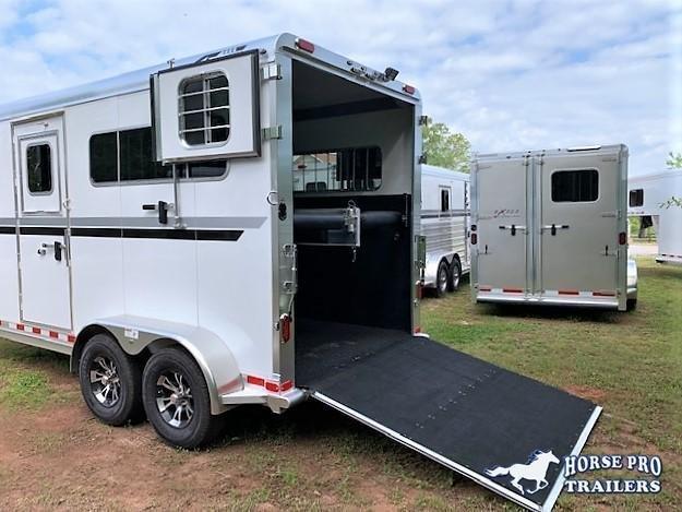 2021 4-Star 2 Horse Straight Load Gooseneck w/Ramp and  HYDRAULIC JACK!