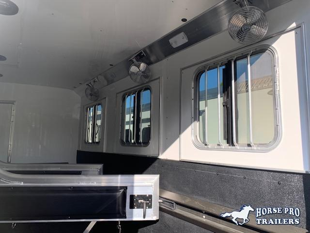 2020 4-Star Deluxe 3 Horse 14' Outback Living Quarters w/Slide Out DUAL ENTRY & GENERATOR!